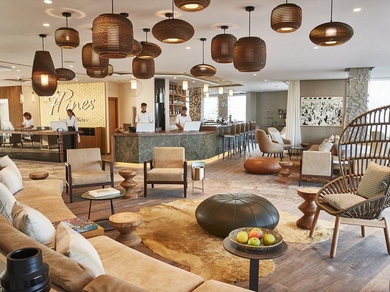 Lounge 7PINES KEMPINSK Hotel