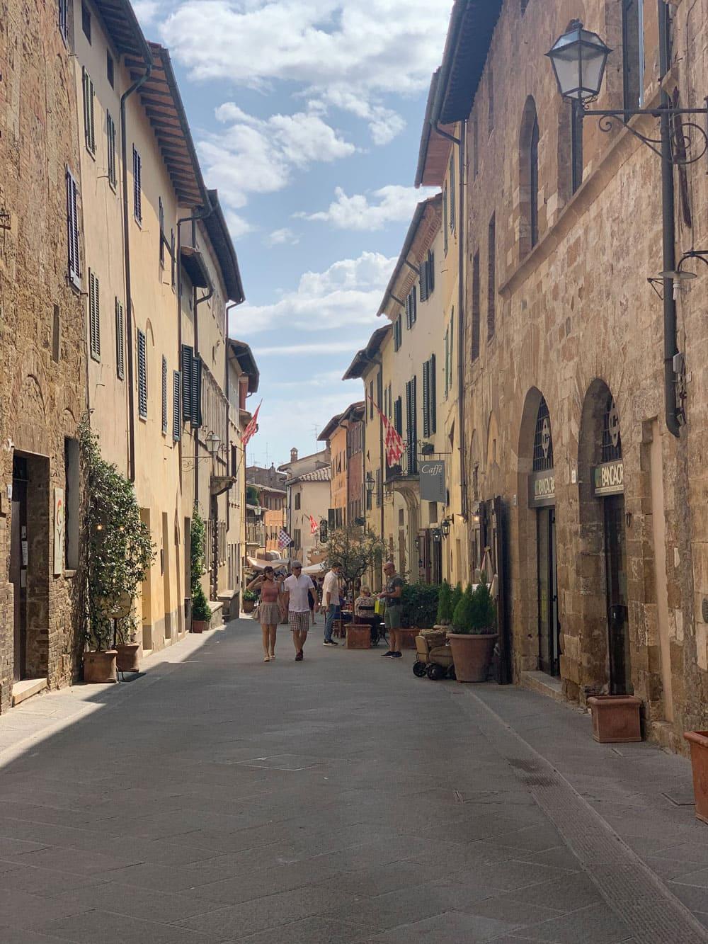 Straße Altstadt Pianza